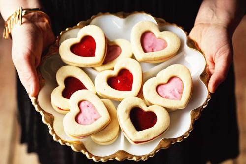 sugar cookie sandwiches with raspberry creme