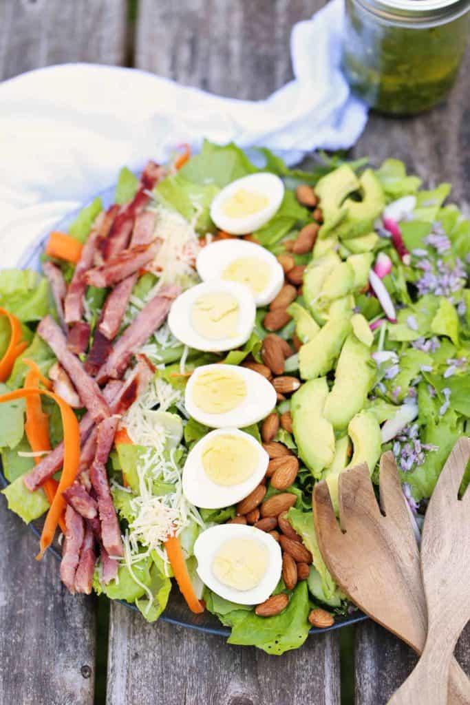 Chef S Garden Salad With Herb Cider Vinaigrette