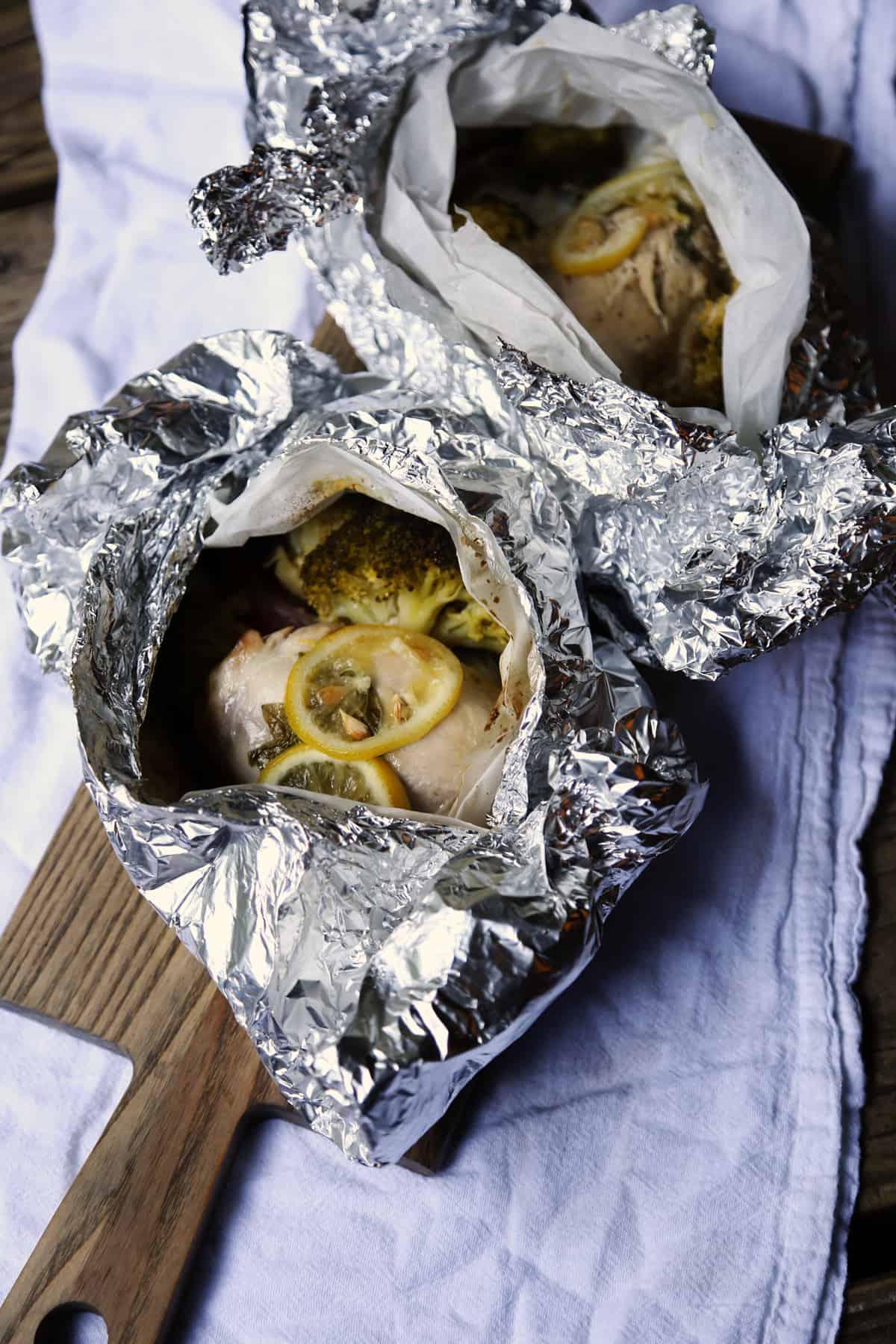 Lemon Chicken and Brocolli Foil Pack Dinner recipe   ONEarmedMAMA.com