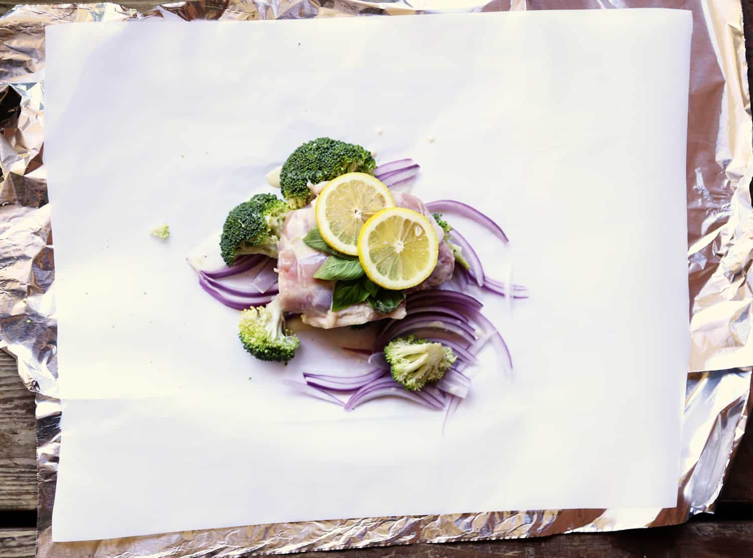 Lemon Chicken and Brocoli Foil Pack Dinner recipe | ONEarmedMAMA.com