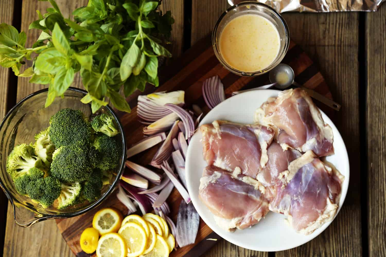 Lemon Chicken and Brocolli Foil Pack Dinner recipe | ONEarmedMAMA.com