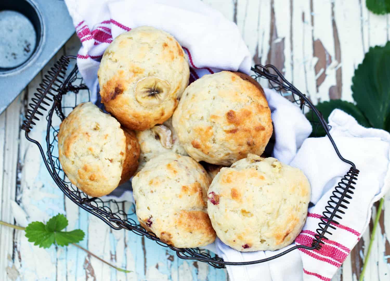 easy breakfast muffin greek yogurt strawberry banana protein muffin #ad