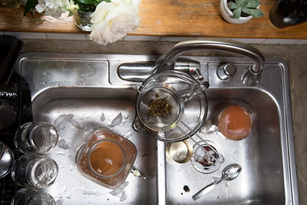 at home kombucha brewing