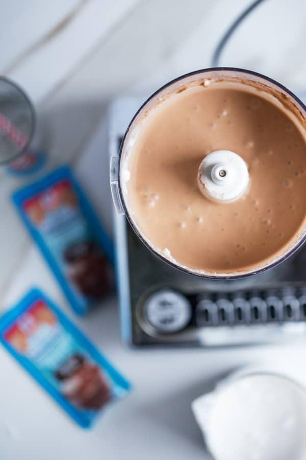 Monkey Mocha Smoothie | Chocolate Banana Coconut Smoothie | easy breakfast | Mocha Smoothie | #goodmorningbreakfast #ad