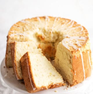 Banana Chiffon Cake a light and airy cousin to angel food cake and sponge cakes but with tender bite and rich ripe banana flavor. Perfect for all spring's celebrations! Spring Dessert | Mothers Day dessert | Spring Cake | easy Easter Dessert | simple Easter Cake