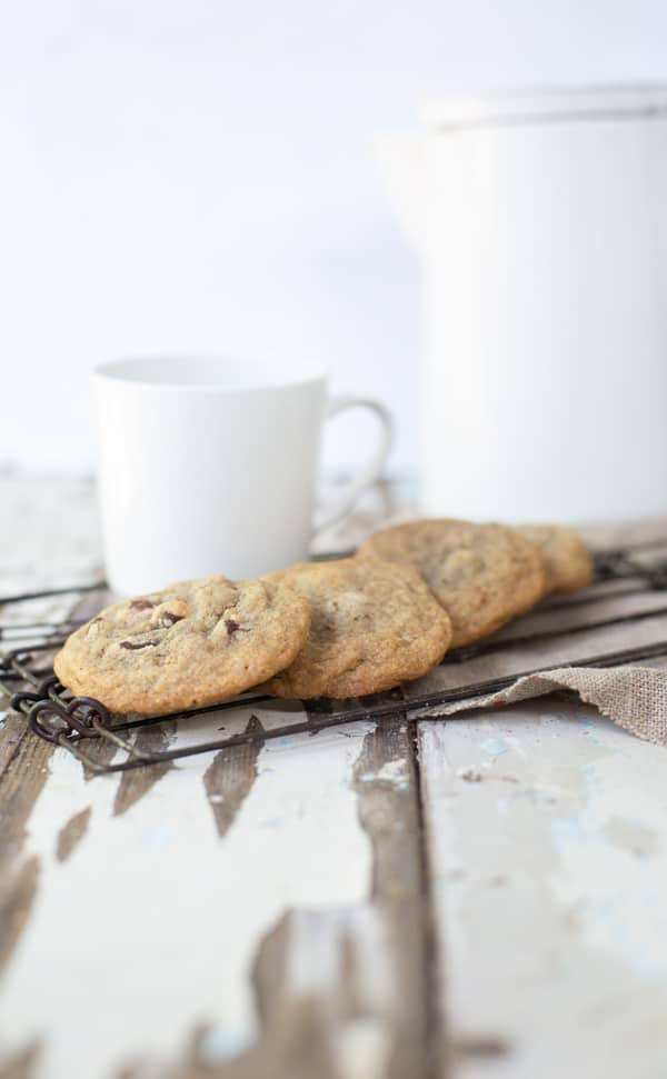 Chewy, soft and full of rich coffee flavor, crunchy almonds and melty chocolate. These caffeinated Mocha Almond Chip Cookies are as delicious as the ice cream flavor they're inspired by. Chewy chocolate chip cookies   mocha almond fudge   mocha cookies   coffee cookies