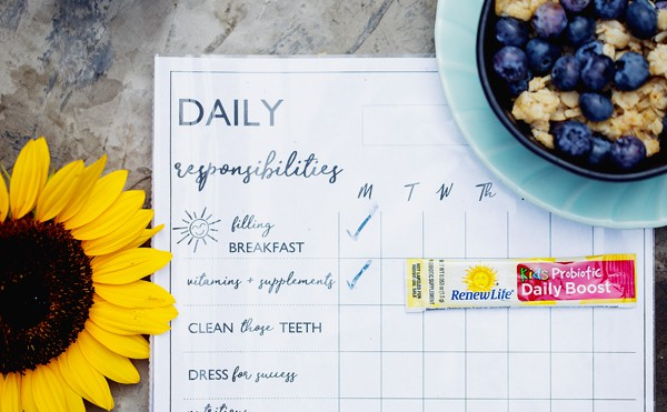Help your kids Power Up and Power Through their day with a FREE Printable Daily Responsibilities Chart that turns 'mornings' into 'power hours' just in time for back to school! back to school | free printable | chore chart | daily to do chart | clean and modern free family printable | back to school routine