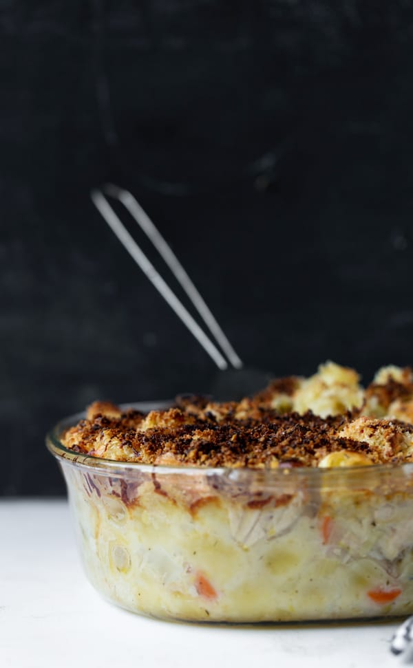 This modern take on classic Tuna Casserole is made with a homemade creamy base, fresh produce, loads of flavor and yummy crispy garlic topping.How to make tuna casserole from scratch | easy tuna noodle casserole bake recipe | best tuna casserole without soup recipes.