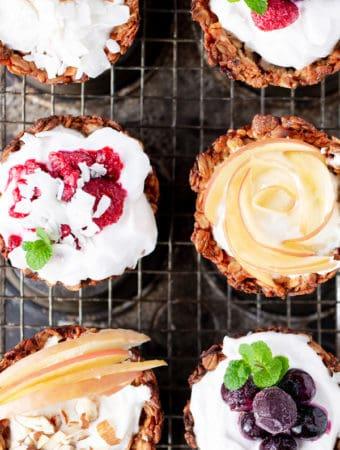 Kick the new year off right with a spread of yogurt parfaits in make-ahead Breakfast Cookie Cups! brunch recipes | for a crowd | breakfast cookies | breakfast cookie recipe | yogurt cups | breakfast with yogurt | yogurt parfait