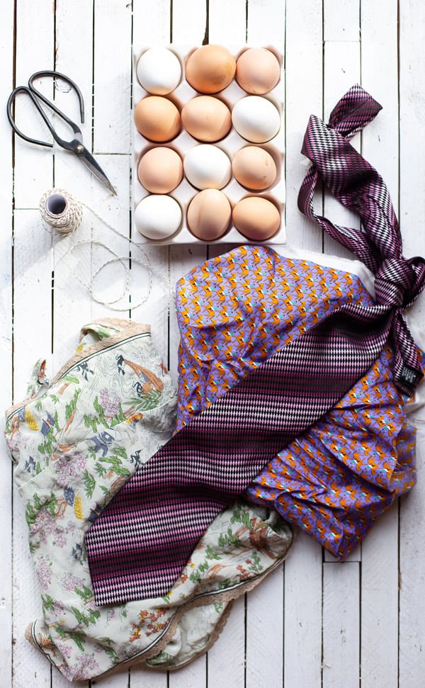 Looking for a fun method for dyeing Easter eggs? These Fabric Dyed Easter Eggs create the most stunningly intricate graphic designs, easily!  dyeing easter eggs   decorated easter eggs   painted eggs   shaving cream easter eggs   silk dyed easter eggs