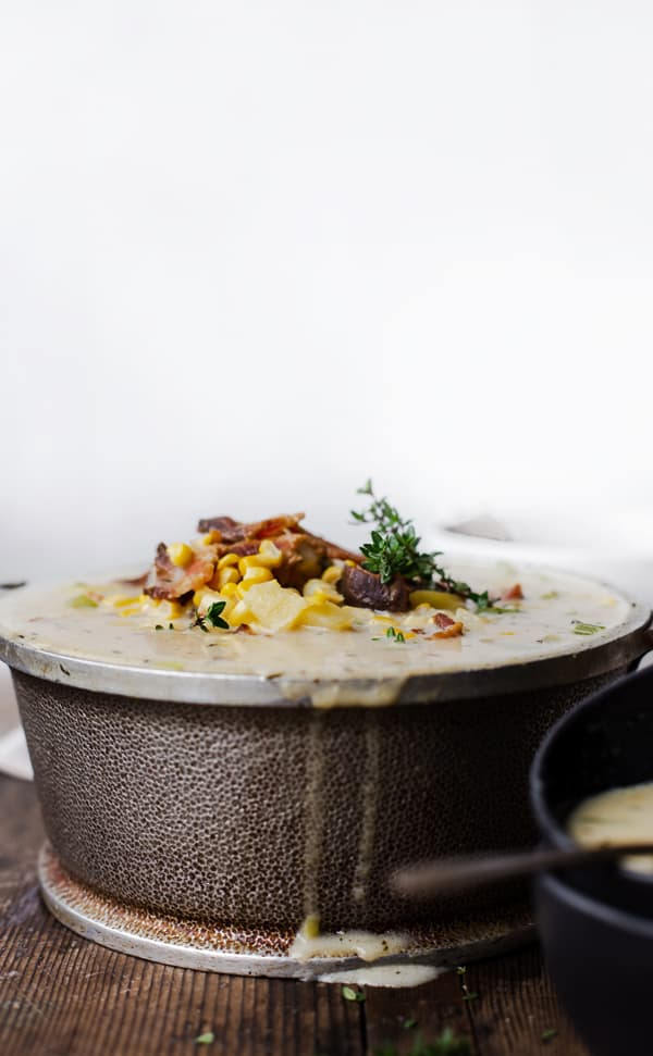 Warm up with a hearty bowl of this Bacon Corn Chowder using fresh corn on the cob when it's available or frozen corn to get this delicious meal on the table FAST year round! corn chowder recipe | best corn chowder soup with potato and bacon