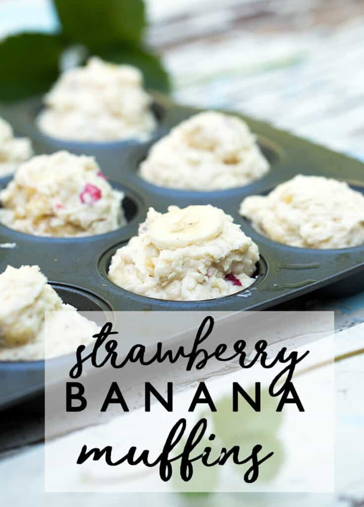 Busy days and hectic mornings call for quick breakfast recipes like these make ahead Strawberry Banana Muffins with ripe bananas, Greek yogurt and freeze dried strawberries. Strawberry banana | muffin recipe | ripe banana recipes