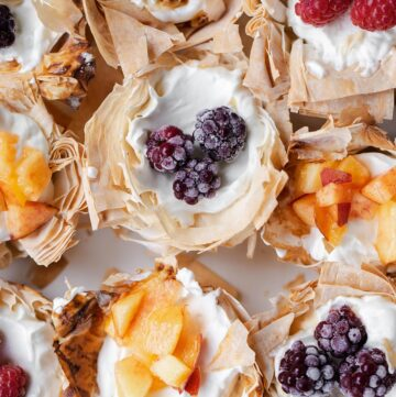 Easy No Bake Cheesecake Mini Fruit Tarts with mini phyllo tart shells take just a few minutes to make with any mix of fresh (or frozen!) fruit you have on hand. fruit tartlets | mini fruit tarts | fruit tartlets recipe